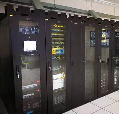我司携手科士达承建华中师大宝安附属学校IDU数据机房项目